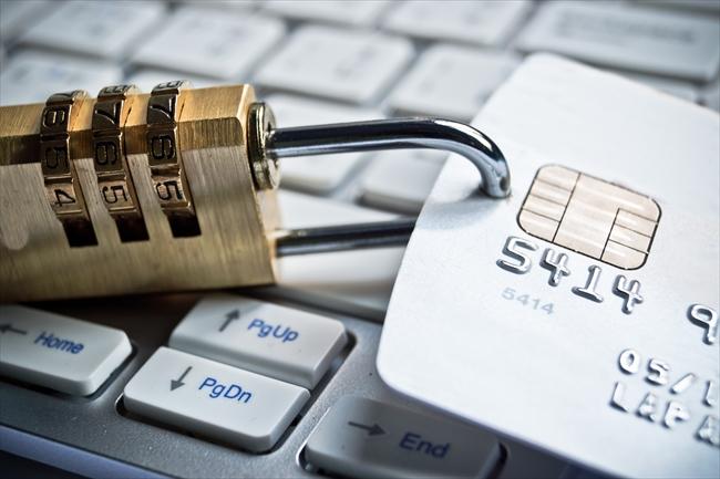 クレジットカード現金化をデビットカードで利用できるのか検証
