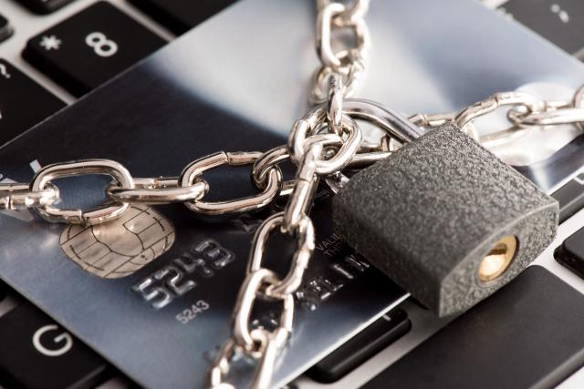 クレジットカードが利用停止になる可能性がある